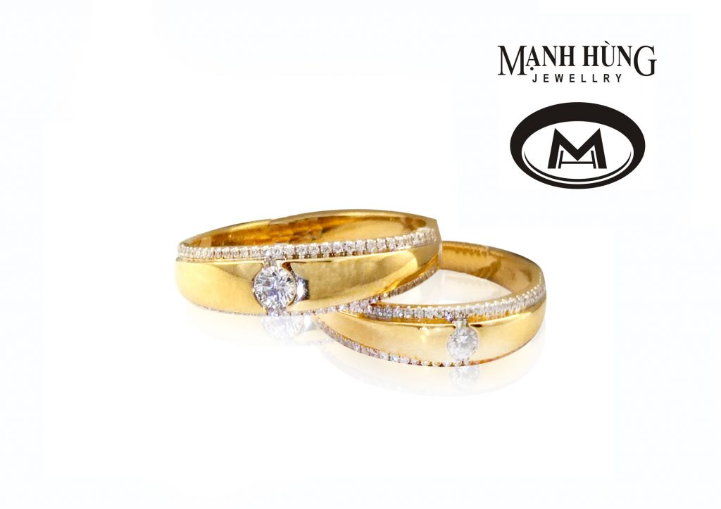 cô dâu ưa chuộng phong cách sang trọng và lộng lẫy dễ bị thu hút bởi các mẫu nhẫn có thiết kế cầu kỳ