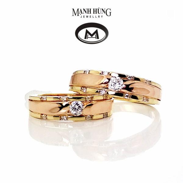 tông màu vàng hồng khiến chiếc nhẫn cưới của bạn quyến rũ và ấm áp hơn
