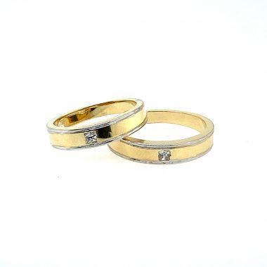 Nhẫn cưới gắn đá cao cấp vàng Ý